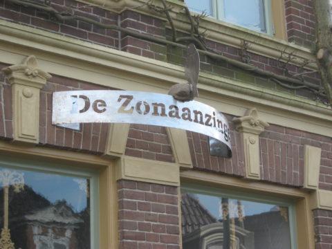 Naambord Zonaanzinger
